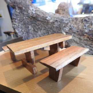 Blackwood Table Setting